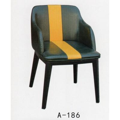实木餐椅成人北欧餐椅现代简约真皮椅实木椅子餐厅家用凳子靠背椅